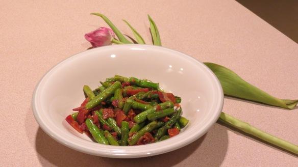 Bacon Asaparagus-Who can resist?